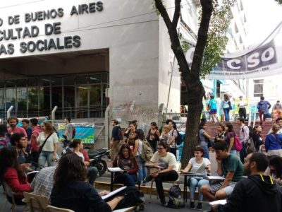 decadencia educativa en Argentina