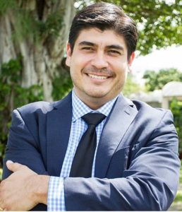 Carlos Alvarado (Commons)