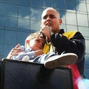 On February 22, Venezuelan student activist Gerardo Carrero ended his hunger strike after being transferred out of La Tumba.