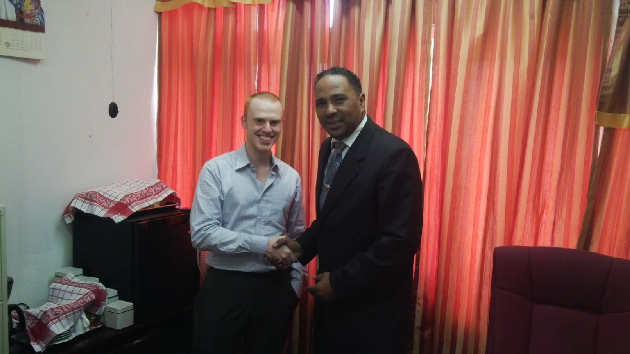Coinapult CEO, Ira Miller, and Kenneth Darroux, Dominican Minister of Environment and Planning.