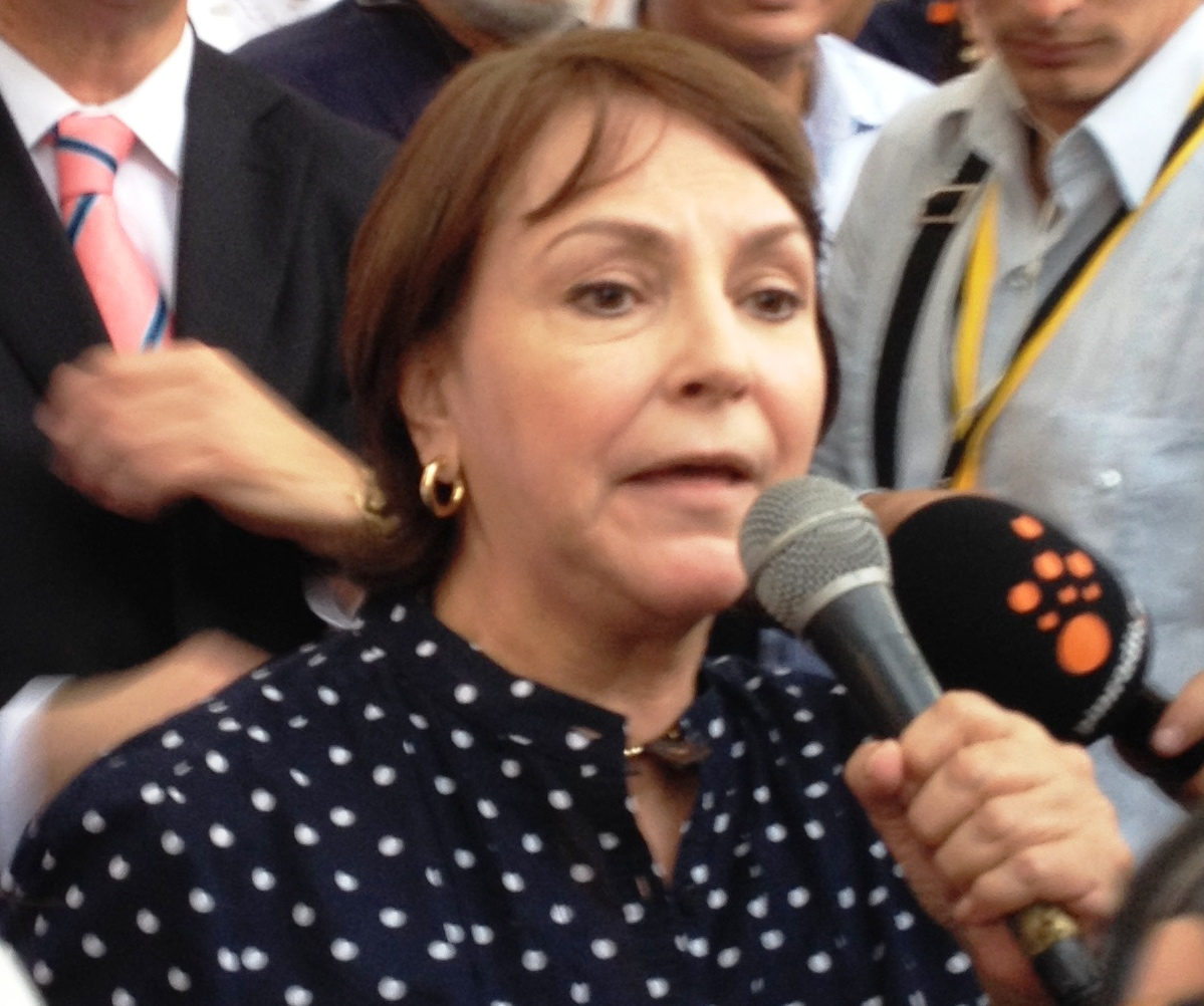 Mitzy Capriles, wife of Caracas mayor Antonio Ledezma, asserted in Panama that the government will never find evidence against her husband.(PanAm Post)