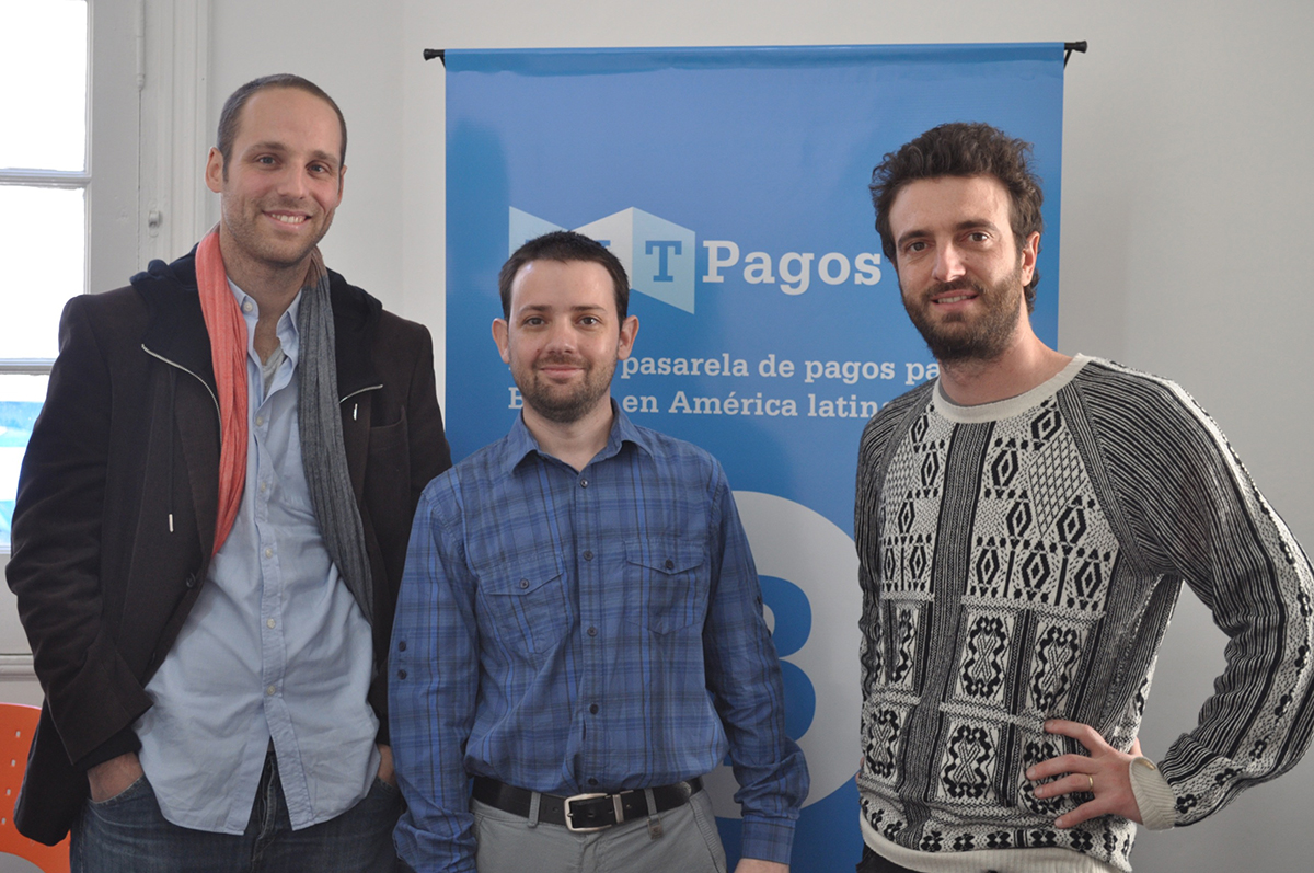 Francisco Buero (COO of Bitex), Sebastián Serrano (CEO of BitPagos), and Miguel Klurfan (CEO of avalancha).