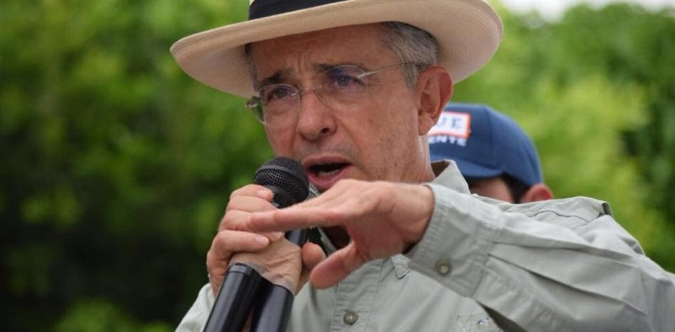 Colombia, FARC, Uribe