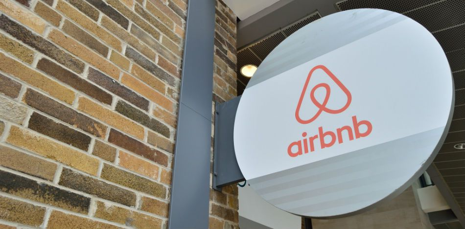 Hotel Owners Unite Against Airbnb