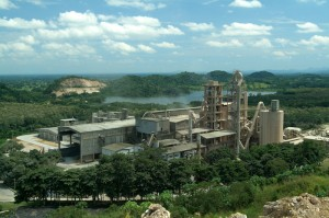 Colombian Cementos Argos, one of the largest cement-producing companies in Latin America, is the target of an antitrust investigation.