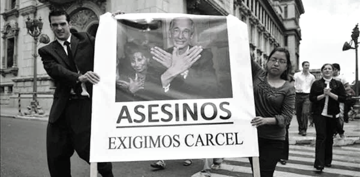 Rosenberg's posthumous murder accusation directed at President Colom placed his administration in danger in 2009.