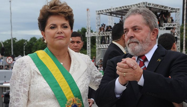 """President Rousseff and former President Lula have embody the corruption at the ruling Workers' Party. (<a href=""""https://commons.wikimedia.org/wiki/File:Dilma_e_Lula_01_01_2011_WDO_8439.JPG"""" target=""""_blank"""">Wikimedia Commons</a>)"""