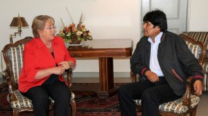 Michelle Bachelet y Evo Morales. (Infobae)