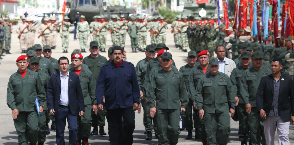 Retired military in Venezuela ask Armed Forces to disobey the Maduro regime's repressive orders