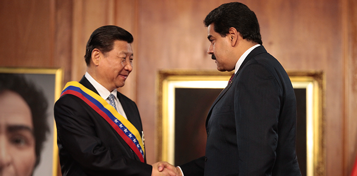 Chinese President Xi Jinping wearing the Venezuelan presidential band