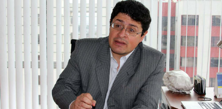 Freedom press advocate and Fundamedios director, César Ricaurte, decries Correa Media Law enacted in 2013.