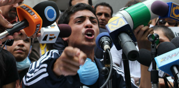 Lorent Saleh has been imprisoned at SEBIN headquarters in Caracas, Venezuela, since September 2014, after being deported from Colombia for violating immigration laws.