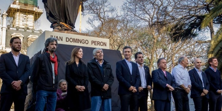 During the campaign, President-elect Mauricio Macri winked an eye to Peronists when he unveiled a statue honoring Argentina's most iconic populist.