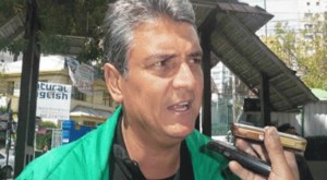 UD leader Ernesto Suárez alleged that President Evo Morales was behind the TSE's decision.