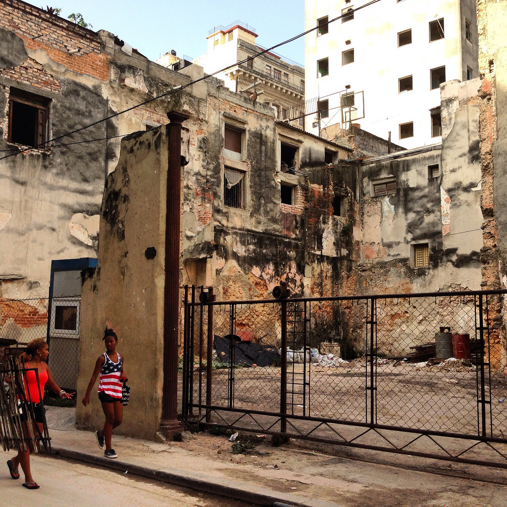 Yusnaby fills his photo section with shocking images of the current state of Havana.